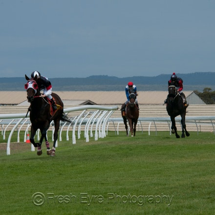 15KR028_Kimba Races