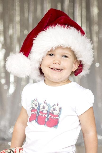 2012_santa_hat_matilda_web