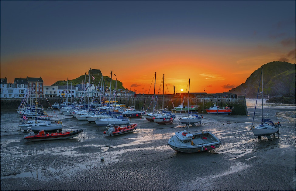 Low-Tide-Ilfracombe-Dawn-E01113-17x25