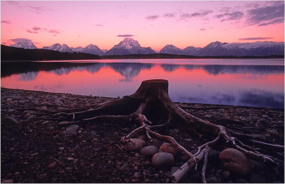 Jackson-Lake-Dawn-WYM067606-11x17