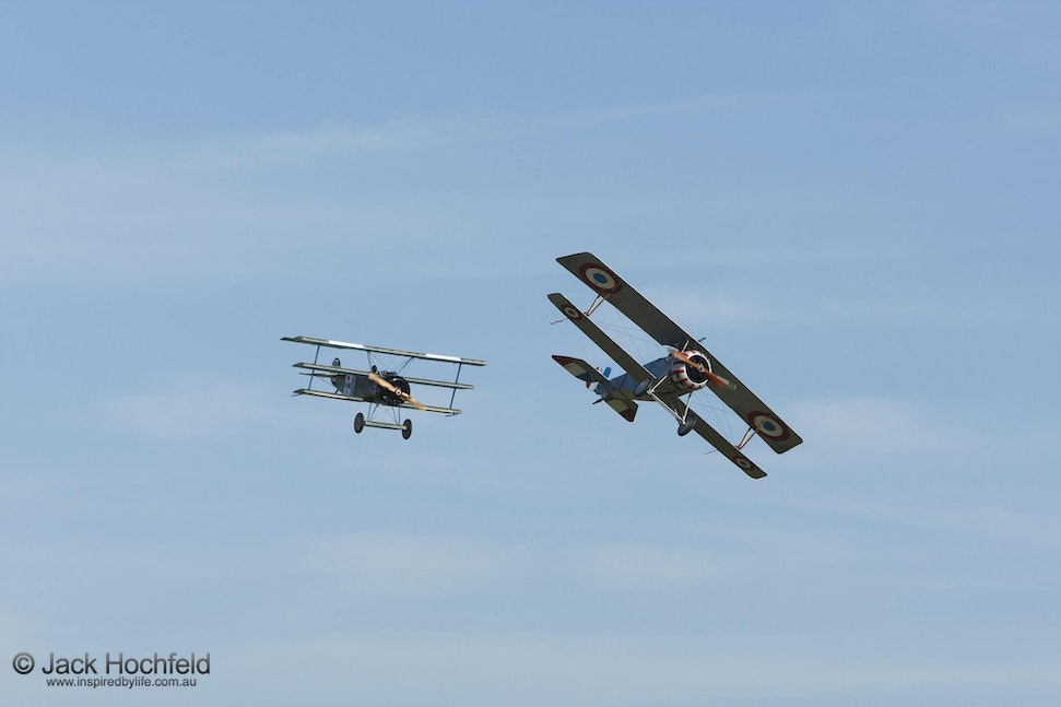 Aerial combat- Fokker triplane and Nieuport, Duxford - Aerial combat- Fokker triplane and Nieuport, Duxford Airshow and Imperial War Museum, Cambridgeshire.