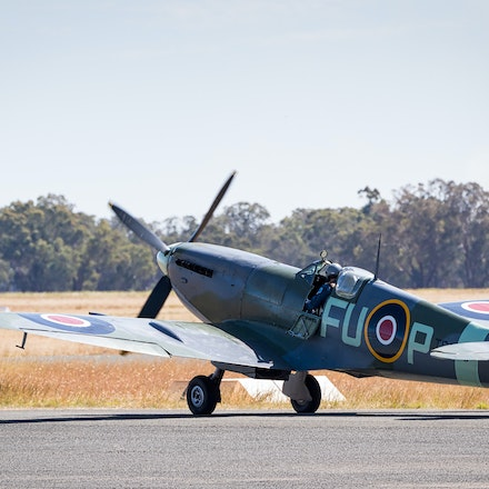 020 Temora WarBirds 020416-4513-Edit