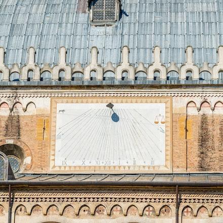 083 Padua 011115-2875 - Sun dial in the ancient Italian city of Padua.