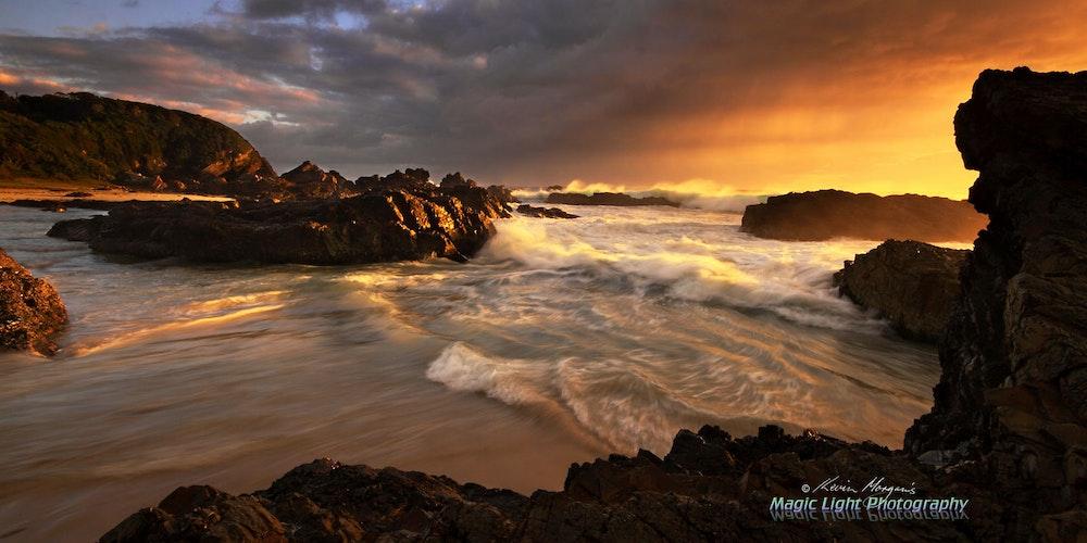 Burgess Beach Sunrise 07 April 2014 IMG_1475 1680 panorama 2