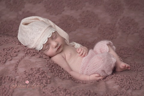 Pretty in pink penrith newborn photographer for enquiries and bookings please contact me at